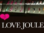 Love Joule Woman Bar Masturbation